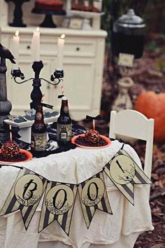 Halloween party! Halloween decor! Via Kara's Party Ideas KarasPartyIdeas.com #halloween #decor #party #ideas