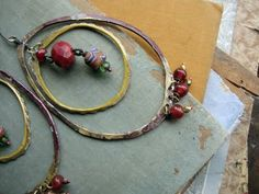 How to take #great #photographs of jewelry with vintage #props by @Sparrow Salvage