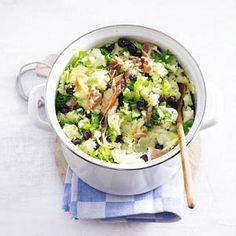 Andijviestamppot met olijven en ham.