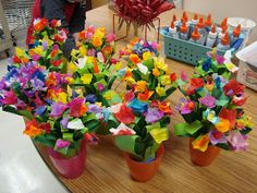 It is Art Day!: Mother's Day flower sculpture time again.