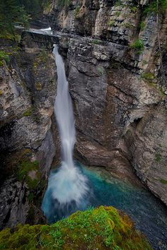 fall, water, fall.