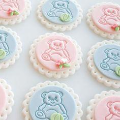 cupcak topper, blue, teddy bears, cupcak recip, baby bears, babi shower, cupcake toppers, baby showers, fondant cupcakes