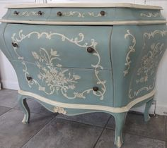 Silver Pennies: Beatrice  An amazing makeover in Annie Sloan Chalk Paint Duck Egg Blue and Old White.