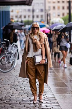 Camel hues for Fall #StreetStyle