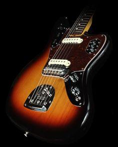 4727_American_Vintage_62_Jaguar_3_Tone_Sunburst_V194776_1.jpg (800×994)