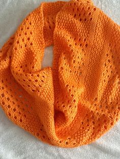 Ravelry: Canaletto Cowl pattern by Megan Goodacre  #knit #free_pattern