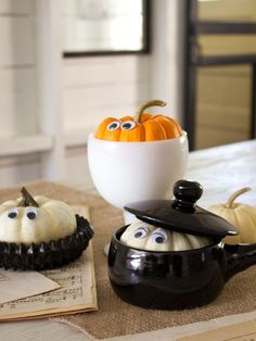 Cute idea for mini pumpkin decorating in your kitchen!