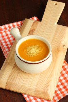 spiced-butternut-squash-soup-whole