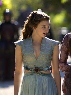 natalie dormer margaery tyrell season 3     margaery costumes i   Natalie Dormer Margaery Tyrell Season 3