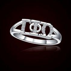Hmmmmmmmm! I really want this ring!!!