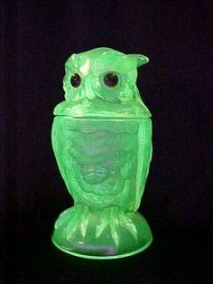 Summit art glass Vaseline owl candy dish