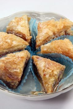 Easy Baklava #Recipe: flaky phyllo dough layered with cinnamon spiced nuts & covered with honey syrup.