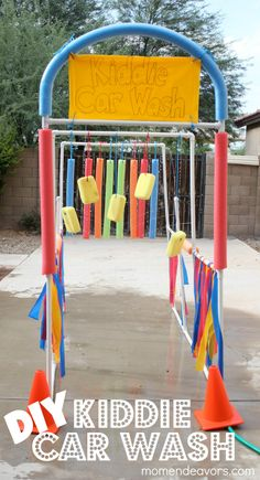 Build this DIY Kiddie Car Wash as we are approaching warmer weather!