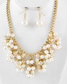 Gold Tone / Cream Synthetic Pearl & Ab Acrylic / Lead Compliant / Cluster Style / Necklace & Fish Hook Earring Set bead necklac, bib necklac, statement necklac