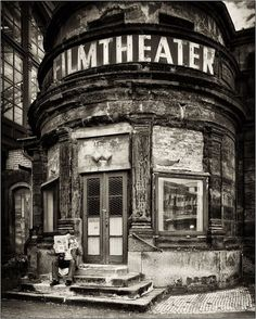 Stunning - abandoned film theater vintag, theatres, filmtheat, films, abandon, place, black, film theater, photographi