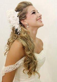 Bride hair / penteado noiva. Im loving the half up do :)