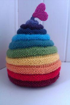 Ravelry: montyescomama's rainbow love hat
