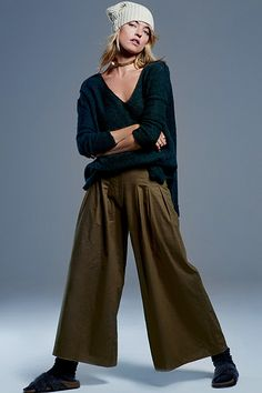 The Summer Trend: Culotte ShortsThe Fall Trend: Ankle-Skimmer Culottes  This wide-legged pant style has taken the plunge for fall, dropping its hemline down a few inches. Instead of hitting just below the knee, the new crop is skimming our ankles. Balance out all the fabric with a strappy pump or heeled ankle boot for some extra height. Or, you know, go bold with Birkenstocks and socks à la Free People.