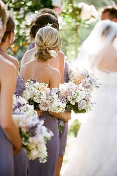 Love the lavender colored bridesmaids dresses!