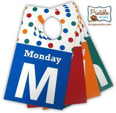 Help kids get organized for the school week! Days of the week clothing/hanger tags.