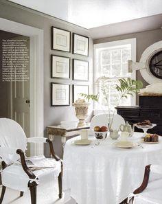 A Divine Dining Room. Interior Design: Dransfield & Ross.