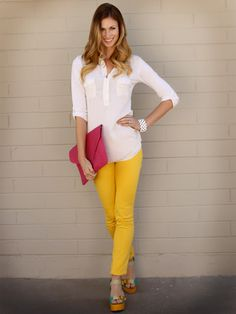 Summer love with yellow skinny jeans.