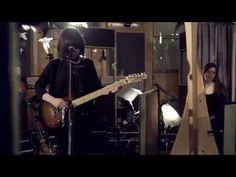 "Daughter - ""Tomorrow"" (Live @ Air Studios) - YouTube"
