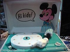 1960`s MICKEY MOUSE DISNEY Vintage Record Player GENERAL ELECTRIC