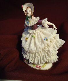 *DRESDEN ~ Lace Draped Figurine