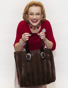 Click here to make a Two Seam Faux Fur Bag for yourself or as gifts!  from MrsPollyRogers.com