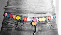 Realmente #original este #cinturón hecho con #botones de colores   #ecología #reducir #reciclar #reutilizar