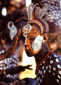 African tribal body art on pinterest grace jones body for African body decoration