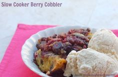 Crock Pot Berry Cobbler