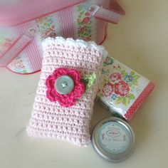 A World of Imagination: FO Friday......Crochet Tissue Covers.