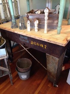 I saw this table at Astoria Vintage Hardware.  It is amazing  one of a kind.  If you haven't been to this place, you must visit!  #astoriaoregon #industrialtable #upcycle #astoriavintagehardware