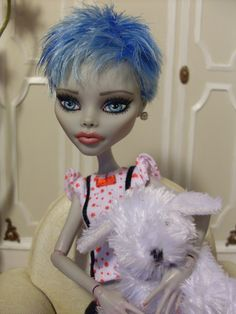 "OOAK Monster High Ghoulia Repaint Now ""Laila"" Previous Dead Tired Short Hair 