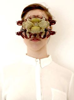 'The Aesthetic of Fears' is 3D-Printed Jewelry Inspired by Insects trendhunter.com