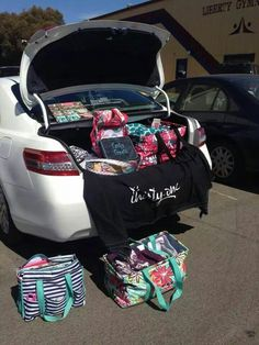 Thirty-One trunk show.  Awesome idea!!