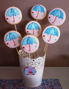 Cookie pops at a Peppa Pig Party #peppapig #party