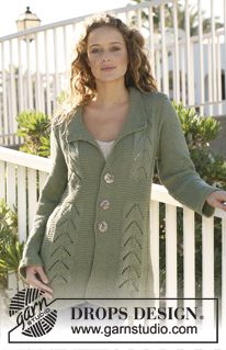 """Knitted DROPS jacket with pattern in """"Paris"""". Size S - XXXL. ~ DROPS Design"""