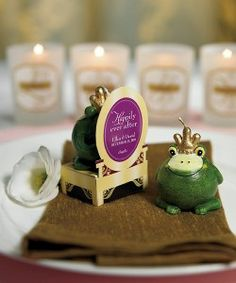 These Frog Prince inspired candles will make the perfect parting gift for any guest at your Princess and the Frog themed event.