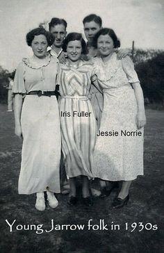 1930s women, career fair