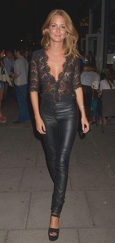 Leather & Lace.. ooo lalala !!