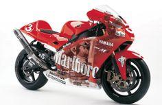 mo Yamaha YZR-M1 MotoGP 2002, team Yamaha Marlboro, Max Biaggi #3.
