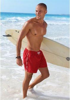 Короткие шорты - http://www.quelle.ru/young/Men_fashion/Men_beachfashion/Korotkie-shorty__r541993_m245218.html?anid=pinterest&utm_source=pinterest_board&utm_medium=smm_jami&utm_campaign=board1&utm_term=pin75_14032014 Короткие шорты для плавания. s.Oliver. 2 боковых кармана и 1 задний карман на липучке.Удобны в использовании, быстро сохнут! Незаменимый атрибут любого пляжного отдыха! #quelle #shorts #mini #comfort #summer #hot #swim #swimwear