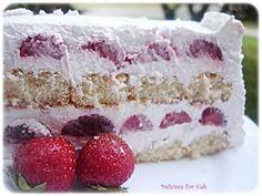 Vocna torta  http://www.zenskisvet.com/recepti/torte-i-kolaci/875/Jednostavna-vocna-torta.html