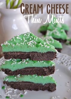 These no-bake cream cheese Thin Mints are the perfect St. Patrick's Day treat!