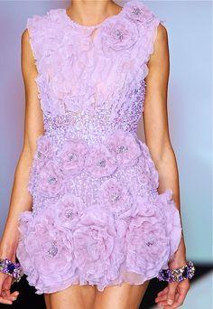 Designs In Soft Colors #SoftColors #HauteCouture #SoftColorDress #SoftColorGowns #Couture #Chic #SoftColorFabrics #ColoresPasteles #VestidosenColoresPasteles #TelasenColoresPasteles #Textiles #RexFabrics #IdeasparaVestidosenColoresPasteles #ColoresPasteles