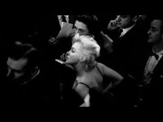 Experience an intimate moment with an icon, made public for the first time. Forever, Marilyn and N°5.