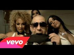 """En este vídeo de """"Hotel Room Service"""" Pitbull vuelve a mostrar a la mujer como un objeto. Hace alarde de su colección de mujeres e incluso enumera cada uno de sus nombres; de su infidelidad, etc. Como en muchos vídeos presenta a la mujer muy desnuda y totalmente disponible y al hombre totalmente vestido. Lo considero """"Sexismo sutil"""" ya que ambos, hombres y, sobre todo, mujeres le siguen y cantan y bailan sus canciones."""